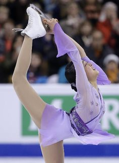Mao Asada, of Japan, competes during the free skate in the World Figure Skating Championships, Saturday, April 2, 2016, in Boston. (AP Photo/Steven Senne) (1135×1556)