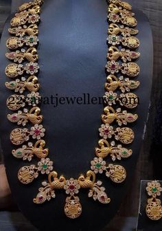 How To Clean Gold Jewelry With Vinegar Product Gold Temple Jewellery, Silver Jewellery Indian, Gold Jewellery Design, India Jewelry, Designer Jewellery, Clean Gold Jewelry, Rose Gold Jewelry, Wedding Jewelry, Gold Wedding