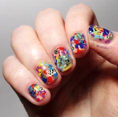 I love doing abstract nails!