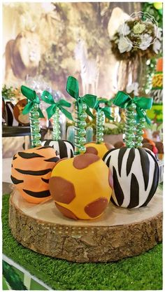 's Birthday / Safari - Photo Gallery at Catch My Party Safari Party, Safari Candy Table, Safari Theme Birthday, Jungle Theme, Baby Shower Candy Table, Baby Shower Treats, Lion King Birthday, Lion King Baby Shower, Candy Apples