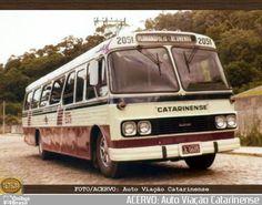 Ônibus da empresa Auto Viação Catarinense, carro 2051, carroceria CAIO Gaivota, chassi Scania B76. Foto na cidade de - por ACERVO: Auto Viação Catarinense, publicada em 17/10/2016 04:49:10.