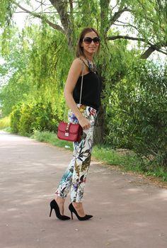 Pantalón estampado, print pants. Blog pistas de mi armario, tendencias, moda, consejos, belleza, style, stylstreet, looks, shopping, fashion