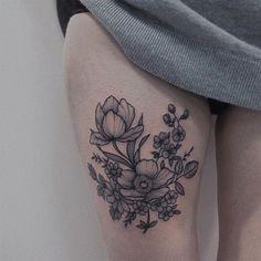 done in Paris #ttbkackink #botanicaltattoo #makhalovski #botanicalart #blxckink #tattooparis #tattoonantes #tattooamsterdam #floraltattoo #inkstinctsubmission #btattooing #blkttt #theartoftattoos #taot #inked