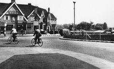 Hillingdon Circus Box London Metropolitan, High Wycombe, Police Box, Make Way, London Transport, Adam And Eve, My Childhood Memories, Sirens, Tardis