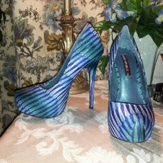 *HOT NEW LISTING* !! Super Cute! Pumps, size 8 these shoes were worn for a few hours. they are so cute and so stunning! Definitely stop traffic in these!! :-) great condition. Shoe republic LA Shoes Heels