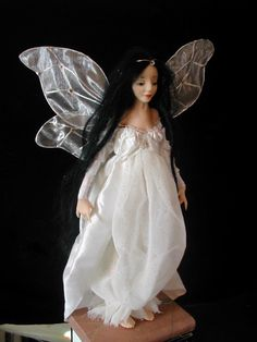 Sculpture by Wendy Froud.