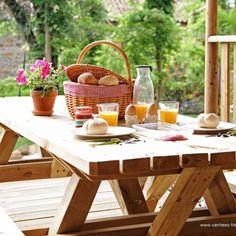 Breakfast at Casa Fontelheira in Portugal.