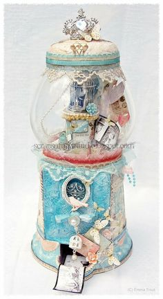 Amazing! I want to know how to do this!! An altered bubblegum machine/ memory jar by DT member Emma Trout