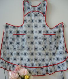 Vintage apron vintage red white and navy by bananaorangeapple, $12.00