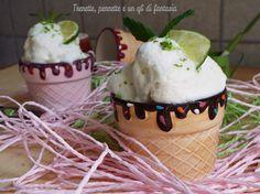 Gelato allo yogurt, lime e menta http://blog.giallozafferano.it/vittoria70/gelato-allo-yogurt-lime-e-menta/