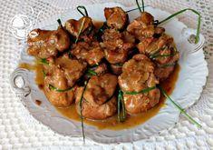 CO MI W DUSZY GRA: SAKIEWKI ZE SCHABU Z FARSZEM DUSZONE W SOSIE Food Design, Gra, Shrimp, Impreza, Ethnic Recipes, Sweet, Meat