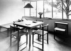 Interior of a house by J. J. P. Oud in the Weißenhofsiedlung, Stuttgart, 1927 Furniture by Ferdinand Kramer Photo by Dr. Lossen & Co.