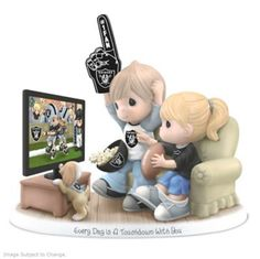 A first ! Limited-edition Precious Moments figurine celebrates Raiders and your sweetheart. Fine bisque porcelain.