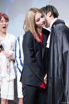 I just love seungkwans face haha so funny