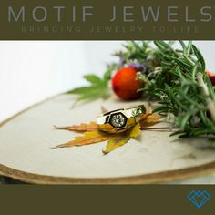 Engagement ring #motifjewels #bringingjewelrytolife #lifeisamotif   #engagementring #engagement #diamond #love #etsy
