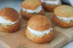Gluten- & mejerifria semlor utan vitt socker Malm, Lchf, Hamburger, Muffin, Gluten, Bread, Breakfast, Food, Morning Coffee