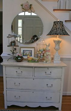 "Without all the ""stuff""...pretty chest and nice placement....I would use a different mirror too...."