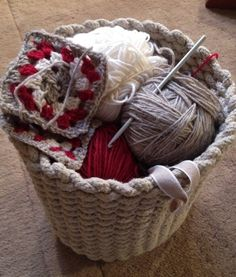 Handcraft. Laundry Basket, Wicker Baskets, Knitwear, Interiors, Home Decor, Tricot, Interieur, Knits, Interior