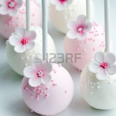 cake balls: Wedding cake pops in pink and white Stock Photo