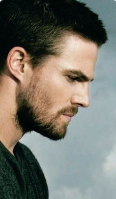 I love arrow Oliver Queen Arrow, Green Arrow, Casey Jones, The Flash, Hot Actors, Actors & Actresses, The Vampire Diaries, Supergirl, New Girl