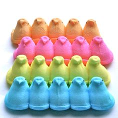 12 Adorable Easter Treats Starring Peeps - There's still plenty of time to try one of these easy Easter DIYs, so hop to it!