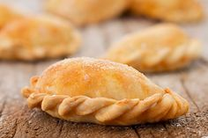 Argentina Food, Argentina Recipes, Puerto Rican Recipes, Latin Food, Calzone, Hand Pies, Logo Food, Food Truck, Sandwiches
