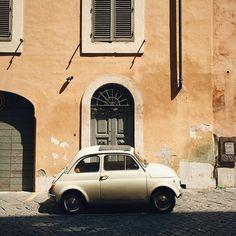 classic sunday #soloparking (#vscocam #rome #sundaycarpic) by teodorik
