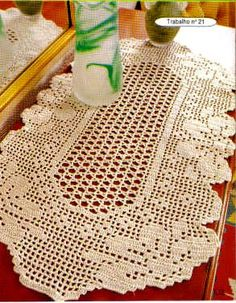 CARPETAS MANTELES SUELTOS - Nadia Petrowa - Álbuns da web do Picasa...FREE BOOK,DIAGRAMS OF RUGS!!