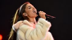 Ariana Grande Covers Whitney Houston & It Is EVERYTHING