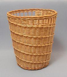 Советы по плетению | Плетение из газет Ситцевое на чётном количестве стоек, для сдвига один раз оплетается две стойки, они создают спиральку.