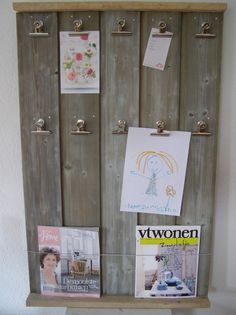 ♻keep on reduce reuse recyclin' in the free world Memo Boards, Pallet Crafts, Wood Crafts, Handmade Signs, Old Pallets, Mural Wall Art, Recycled Wood, Repurposed, Old Wood