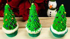 Christmas Tree Cupcakes!!