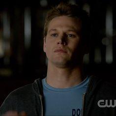 """Matt Donovan (Zach Roerig): Season 1 vs. Season 6   """"The Vampire Diaries"""" Cast: Season 1 Vs. Season 6"""