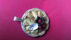 Nouveauté 2015 - Pendentif capsule nespresso et fleurs : Pendentif par tine-creations