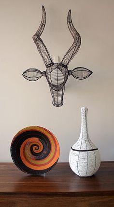 M J Designs: INSPIRATIONAL DWELLINGS, AFRICAN INTERIORS