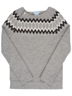 Knittet sweater for