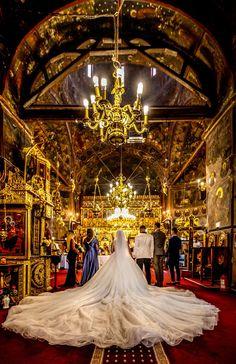 Andreea a purtat la nunta o rochie de mireasa macra Aryanna Karen Salutare! Eu sunt Mihai Roman, Povestitorul de nunti, iar daca te inspira aceasta imagine, te invit sa o salvezi intr-unul dintre panourile tale #weddingdress #rochiemireasa #mireasa #nunta #fotografiedenunta #ideinunta #ideirochiemireasa #pinkweddingdress #buchet #buchetnunta #ideibuchetnunta #bouquet #bridebouquet #weddingbouquet #weddingbouquetideas #bridebouquetideas Salvia, Wedding Ceremony, Fair Grounds, Travel, Viajes, Sage, Destinations, Traveling, Trips