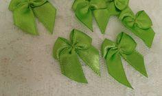 Lacinho de cetim decorativo verde jasmine