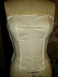 Abiti da Sposa e formale cucito >> Sew-Along: senza spalline corsetto con il disossamento, imbottitura e chiusura interna.