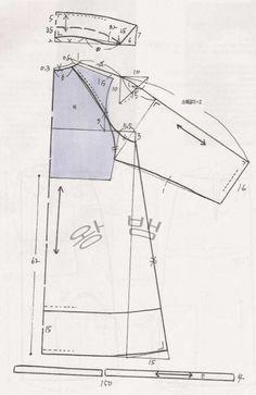 [공유] 여성-여름 코트 : 네이버 블로그 Coat Patterns, Clothing Patterns, Dress Patterns, Sewing Patterns, Pattern Sketch, Pattern Design, Pants Pattern, Jacket Dress, Vest