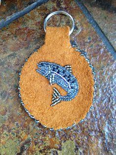 Fish Key Chain by AlaskaBeadwork on Etsy Native Beading Patterns, Beadwork Designs, Beaded Earrings Patterns, Native Beadwork, Native American Beadwork, Bead Loom Patterns, Beading Ideas, Beading Projects, Fish Key