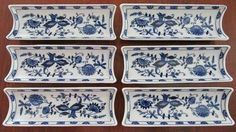 woooow!! never seen these before!! they would make excellent cracker trays for a buffet dinner!!! u can always mix/match the old and vintage pieces together for buffet dinner!!!