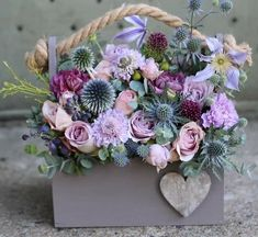 33 Beautiful Valentine Flower Arrangements That You Will Like - Flowers are one of the most popular gifts given and sent on Valentines day. Sons buy a pretty posy for their mom, boys buy them for their girlfriends,. Beautiful Bouquet Of Flowers, Beautiful Flower Arrangements, Pretty Flowers, Pink Flowers, Paper Flowers, Floral Arrangements, Valentine Flower Arrangements, Valentines Flowers, Valentine Nails