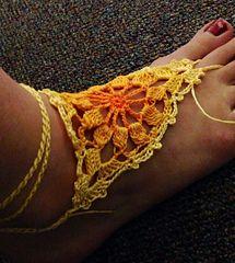 Sunflower Barefoot Sandal - Free crochet pattern by Akemi Takahashi