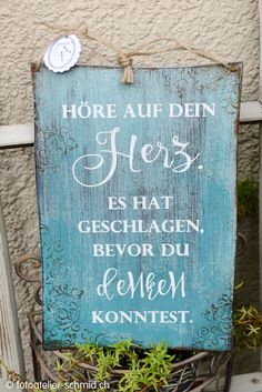 Schablonen – foto atelier schmid Source by The post Schablonen – foto atelier schmid appeared first Soul Quotes, Life Quotes, Diy Letters, Brush Lettering, Cat Toys, Windmill, Cool Words, Wood Signs, Verses