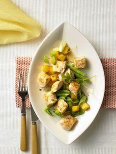 Hähnchen-Curry mit Mango | Zeit: 25 Min. | http://eatsmarter.de/rezepte/haehnchen-curry-mit-mango