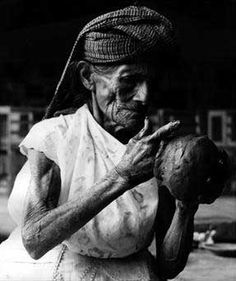Doña Rosa, the originator of the now-famous barro negro pottery of Oaxaca.  We met her on a trip with our family many years ago.