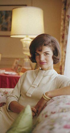 Estilo Jackie Kennedy, Los Kennedy, Caroline Kennedy, Jacqueline Kennedy Onassis, John F Kennedy, Kennedy Wife, Jaqueline Kennedy, Jfk, Portrait