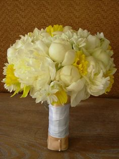 my two favorite flowers (white peonies and daffodils)