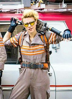 Kate Mckinnon Ghostbusters, Cosplay Costumes, Guide Ghostbusters, Badass People, Beautiful People, Crushes Kate, Attractive People